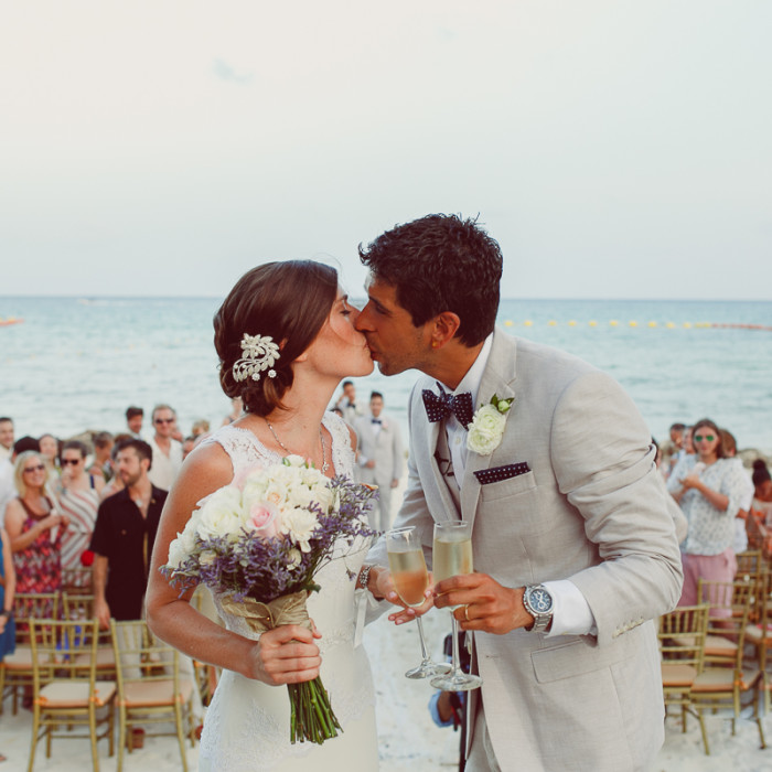 Shauna + Dimitri |Wedding at El Taj Oceanfront & Beachside Condo Hotel | Reception at Wicky`s | Playa del Carmen Wedding Photographer